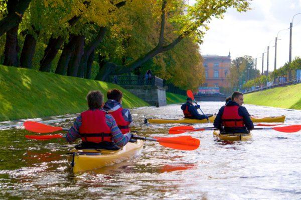 Kayaking in Saint Petersburg River Neva Islands Trip (Morning and Evening)
